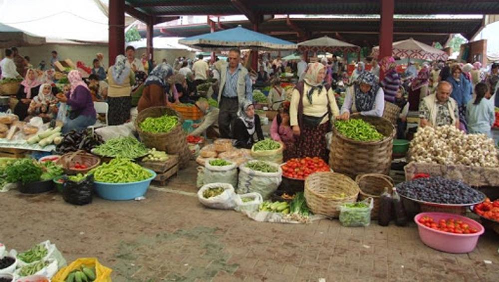 saturday street bazaar