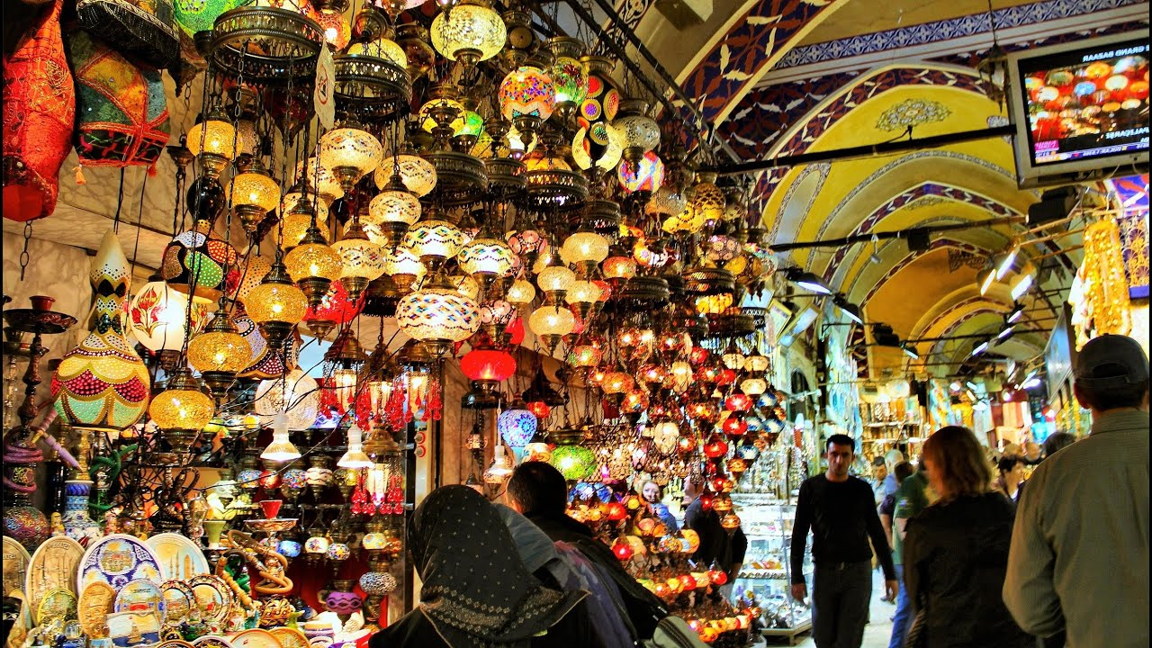 where is grand bazaar in istanbul