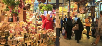 History and Goods You Can Find in Spice (Egyptian) Bazaar Istanbul