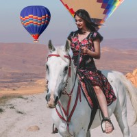 İstanbul-Cappadocia Tours (Cave Hotels-Hot Air Balloon Tours)