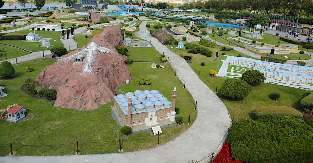 Miniaturk Park; Nemrut Mountain, Mardin Houses, Artemis and Rumeli Fortress
